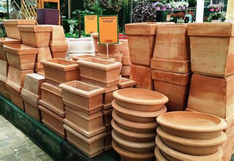 vendita vasi in terracotta vendita vasi pescara valpescara garden