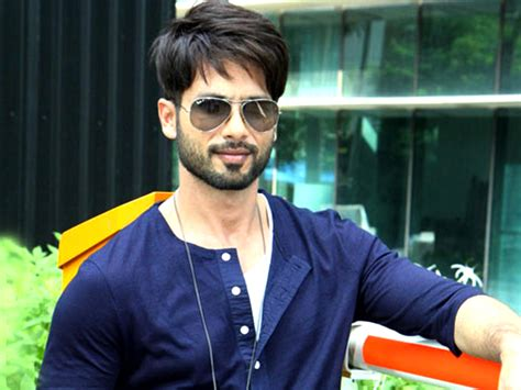 biography of shahid film star shahid kapoor refutes rumours about katrina kaif in batti