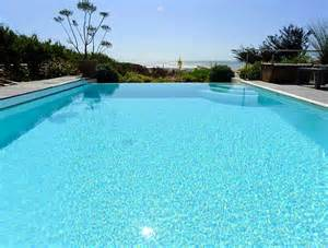 piscine jardin images et photos arts et voyages