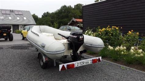 rubber boot met motor mooie rubberboot met motor 9 9pk mercury en trailer