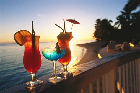 cocktail drinks on the beach beach resort cocktails let s make them brilliant