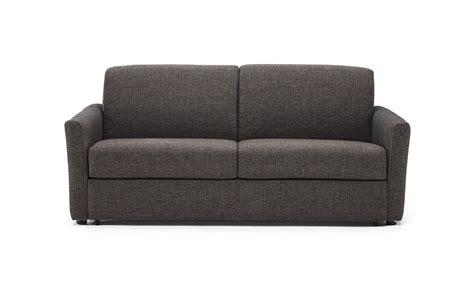 divani e divani bacio divani divani
