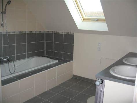 chambre avec plafond en pente charmant chambre avec plafond en pente 13 salle de bain