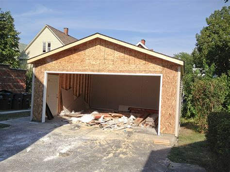 why choose an 18x8 garage door for your new home plano