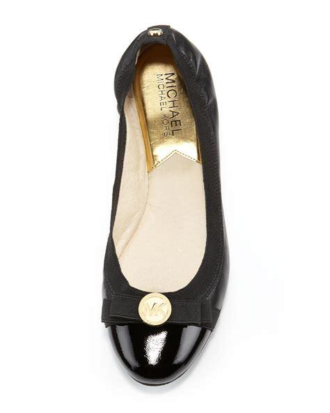 michael kors shoes flats michael kors michael dixie captoe ballet flat in black lyst