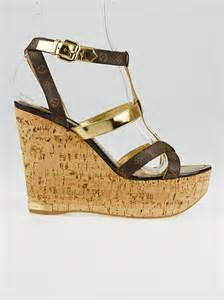 Sandal Lv Import 8 louis vuitton monogram canvas and gold leather open toe wedge sandals size 8 5 39 yoogi s closet