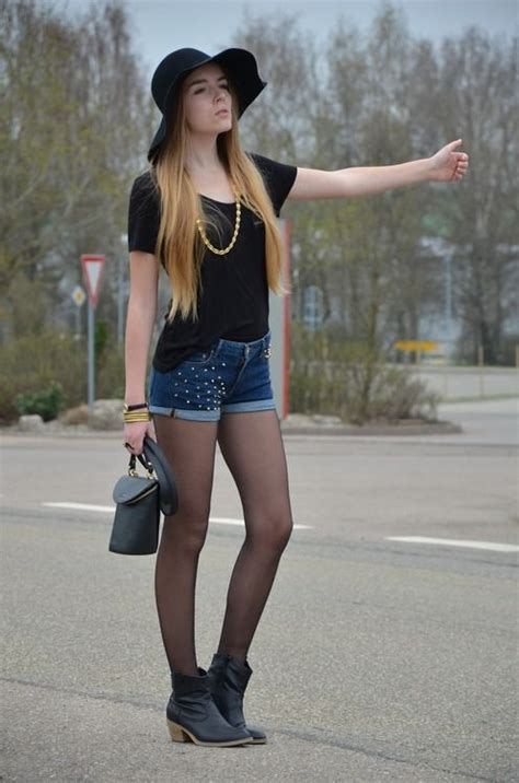 why are pantyhose so comfortable black shirt and jean shorts with pantyhose and boots