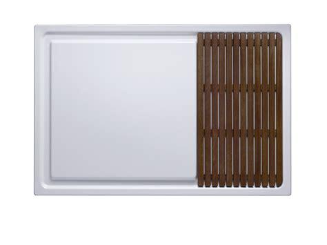 bette shower tray betteentry rectangular shower tray by bette design molldesign