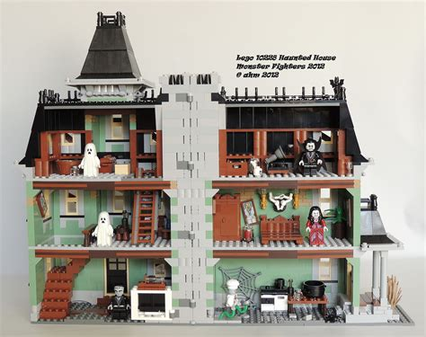 Lego 10228 Huanted House lego fighters 10228 haunted house lego fig flickr