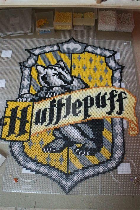 hufflepuff house hufflepuff house emblem in perler by mininete on deviantart