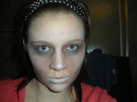 simple zombie makeup tutorial easy zombie makeup mugeek vidalondon