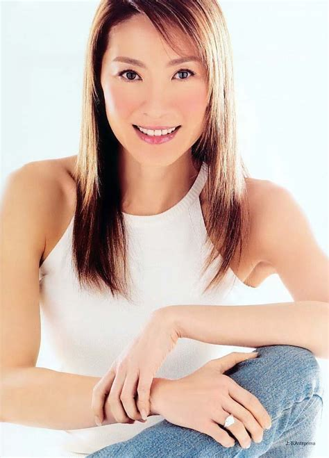 michelle yeoh hot datuk michelle yeoh michelle yeoh photo 5639438 fanpop