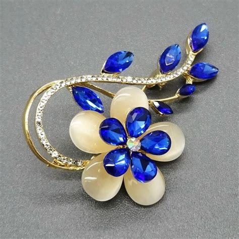 Bross Bunga Mata bros bunga mata kucing daun blue sapphire pusaka dunia