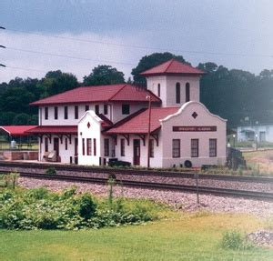 bridgeport depot near russel cave alabama attractions
