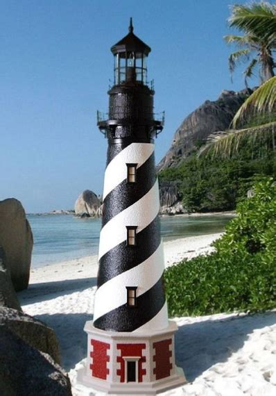 cape hatteras lawn lighthouse  working lights