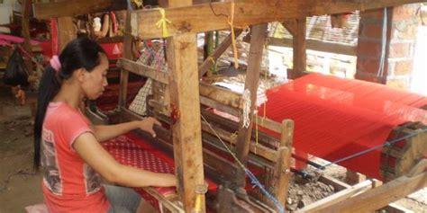 Tenun Ikat Troso Kain Tenun Blanketantikethnic 290 kerajinan tenun ikat asli dari troso jepara kerajinan jepara