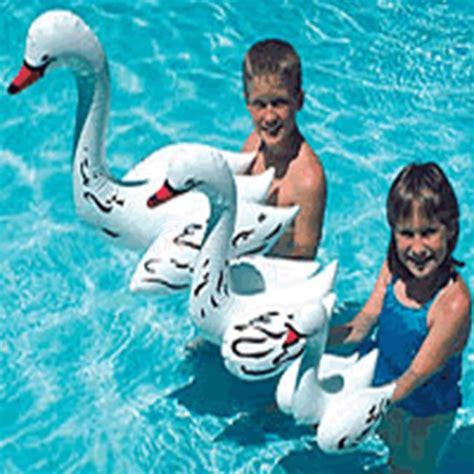 Pelung Floating Pool Swan Angsa poolmaster 30 quot floating swan single float pom81430 inyopools