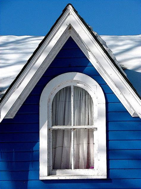 blue house white trim 24 best blue houses images on pinterest beach cottages blue houses and dreams