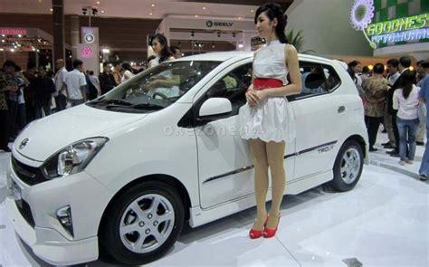 Bola Lu Mobil Warna Putih Ini Warna Mobil Paling Dominan Dipilih Konsumen Indonesia