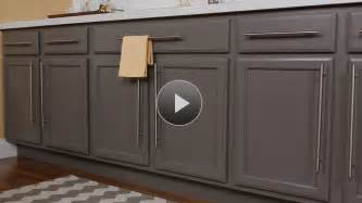 kitchen cabinet door colors tips for choosing kitchen cabinet paint color