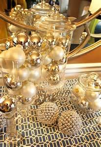 Door Decorations For Christmas 31 Sparkling Gold Christmas D 233 Cor Ideas Digsdigs
