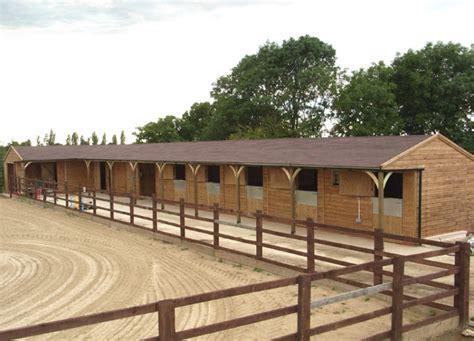 design your dream stables shape layout felt shingles equestrian buildings
