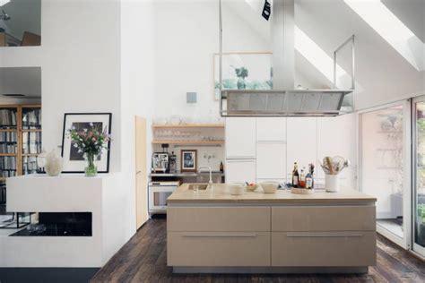 Ordinaire Deco Salon Moderne Contemporain #5: cuisine-moderne-et-couleurs.jpg