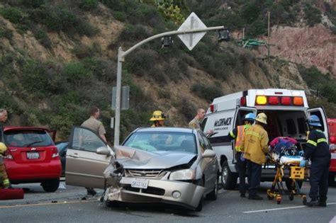 Accident On Pch Malibu Today - traffic clear after crash at pch and las flores cyn news malibutimes com