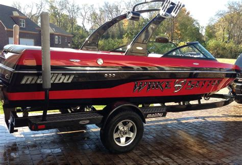 malibu boat decals graphics wakesetter decals modifications accessories