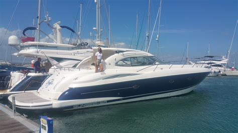 yacht boat hire uk cowes week corporate hospitality sunseeker boat hire