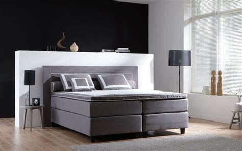 Bett Platzierung Im Schlafzimmer by Schlafzimmer Mit Dachschr 228 Ge Das Richtige Bett Am