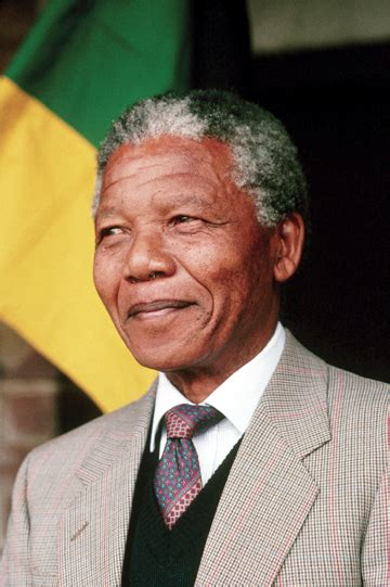 a brief biography of nelson rolihlahla mandela short biography of peace icon nelson mandela monthly