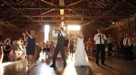 Video: Parents Surprise Wedding Guests With Choreographed