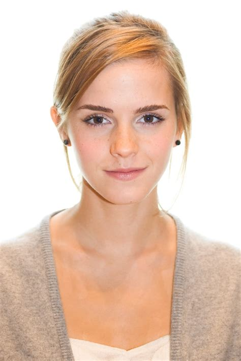 emma watson unauthorised biography emma watson filmography and biography on movies film cine com