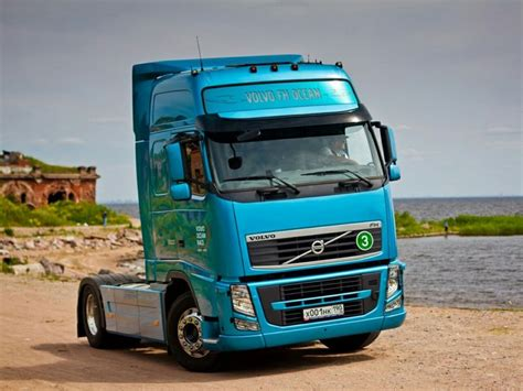 best volvo truck 9 best volvo trucks images on volvo trucks