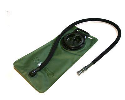 hydration level test304050302020103030504040400 50 73 condor outdoor 2 5l bladder od green