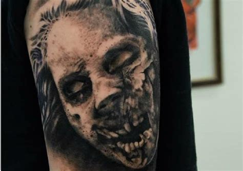 zombie watercolor tattoo 10 shocking but imaginative tattoos page 3 of 5