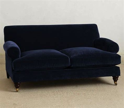 10 Easy Pieces The Blue Velvet Sofa Luxe 10 Easy Pieces The Blue Velvet Sofa Luxe Edition