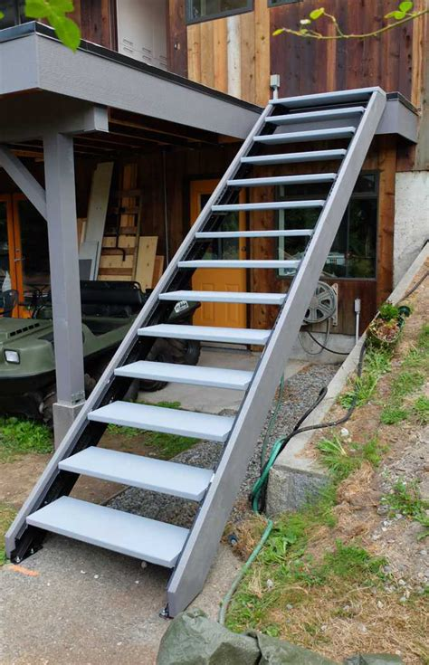 exterior staircase outdoor stair stringers by fast stairs com