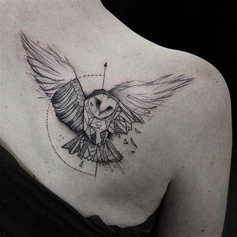 tattoo owl geometric bw geometric owl shoulder tattoo owl tattos design ideas