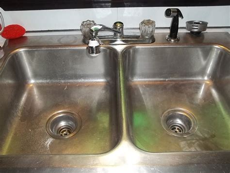 Sink With Drain by Best 25 Unclogging Sink Ideas On Unclog Sink