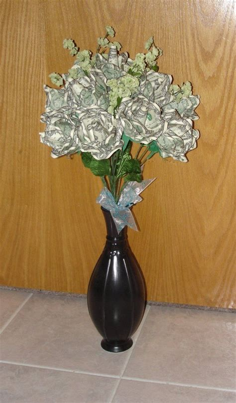 Bouquet Of Origami Roses - origami money roses bouquet paper crafts and decorations
