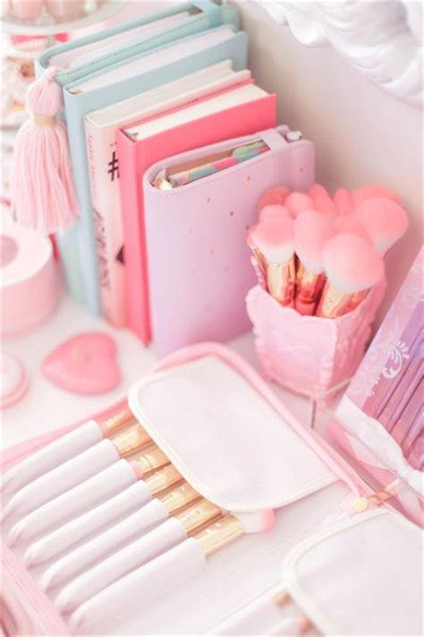 Products To Make You Feel Girly by Best 25 Pink Stuff Ideas On Pink Things