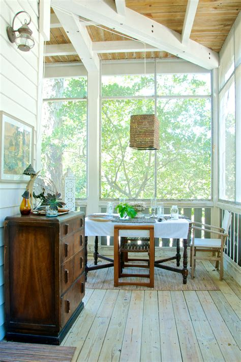 Indoor Porch Furniture by Pretty Southern Motion Furniture In Porch Style With