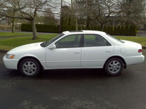 1998 Toyota Camry Xle Buy Used 1998 Toyota Camry Xle V6 1 Owner 130k Actual