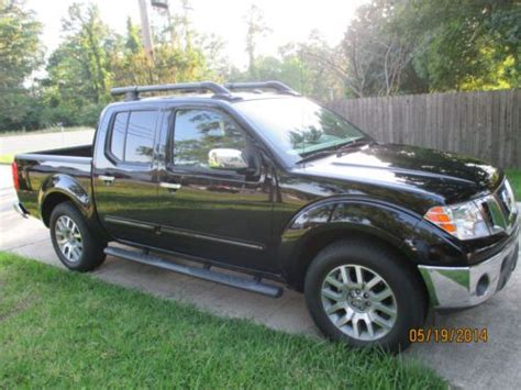 2012 nissan frontier crew cab sl for sale 20 used cars from 16 423 buy used 2012 nissan frontier sl crew cab pickup 4 door 4 0l leather heated seats loaded in
