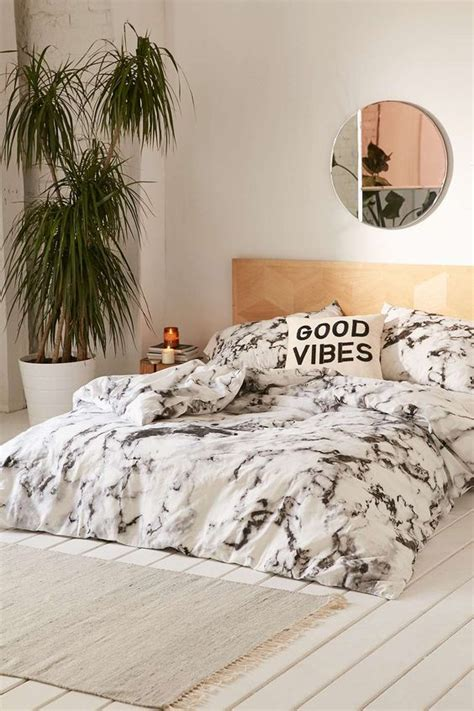 chic faux fur throw blanket inspiration for spaces 17 inexpensive ways to add marble to home d 233 cor shelterness