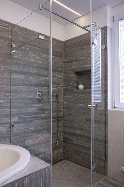 Fliesen Im Badezimmer by Welche Fliesen Im Badezimmer Sind Die Passenden