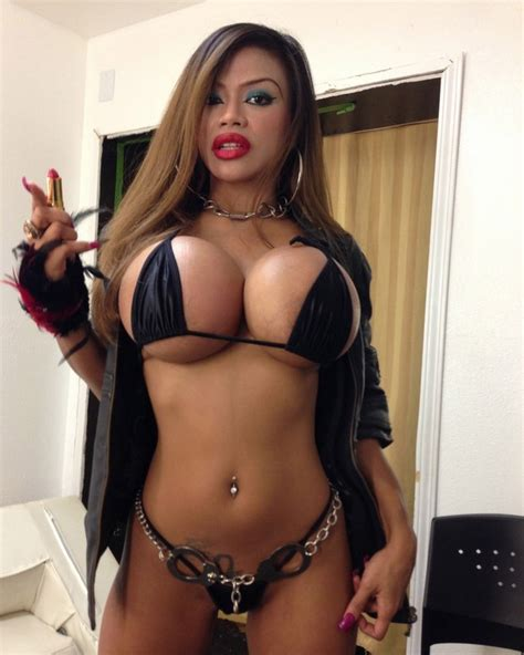 hot photos hug big tits filipino model armie field busting out of bikini