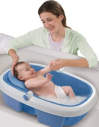 newborn baby bathtub newborn baby bath dos and don ts newborn baby zone